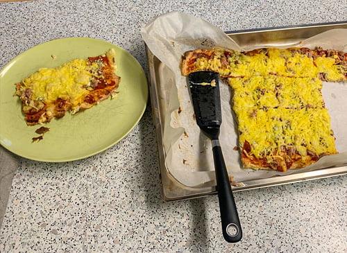 Vähähiilihydraattinen pizza maistui myös asiakkaille.